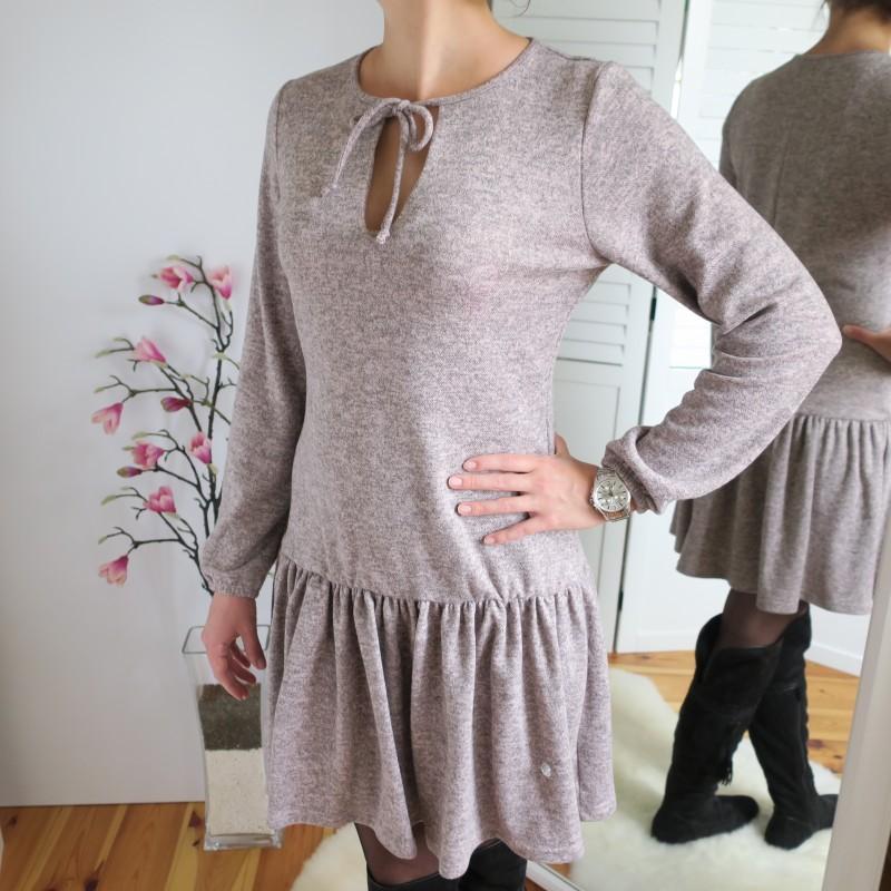 Úpletové šaty s volánmi - styl4you  78d2093826d